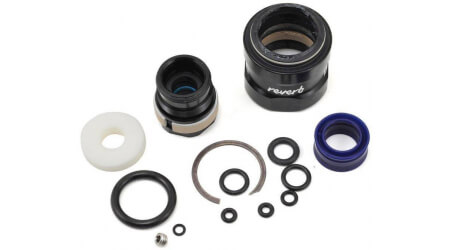 Rock Shox Service Kit 2 years pro sedlovky Reverb Stealth B1